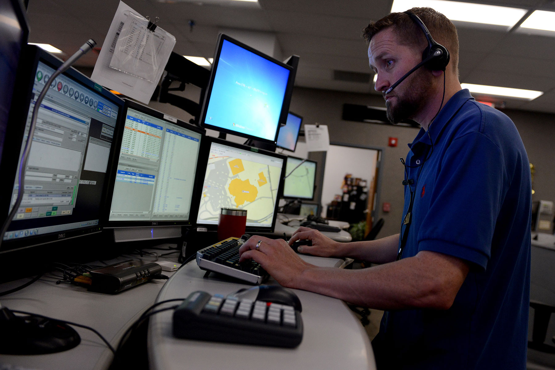 navy dispatchers to answer emergency calls across time