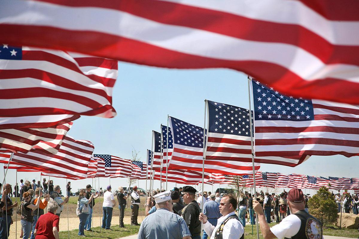 Flag Day Flag Etiquette Militarycom