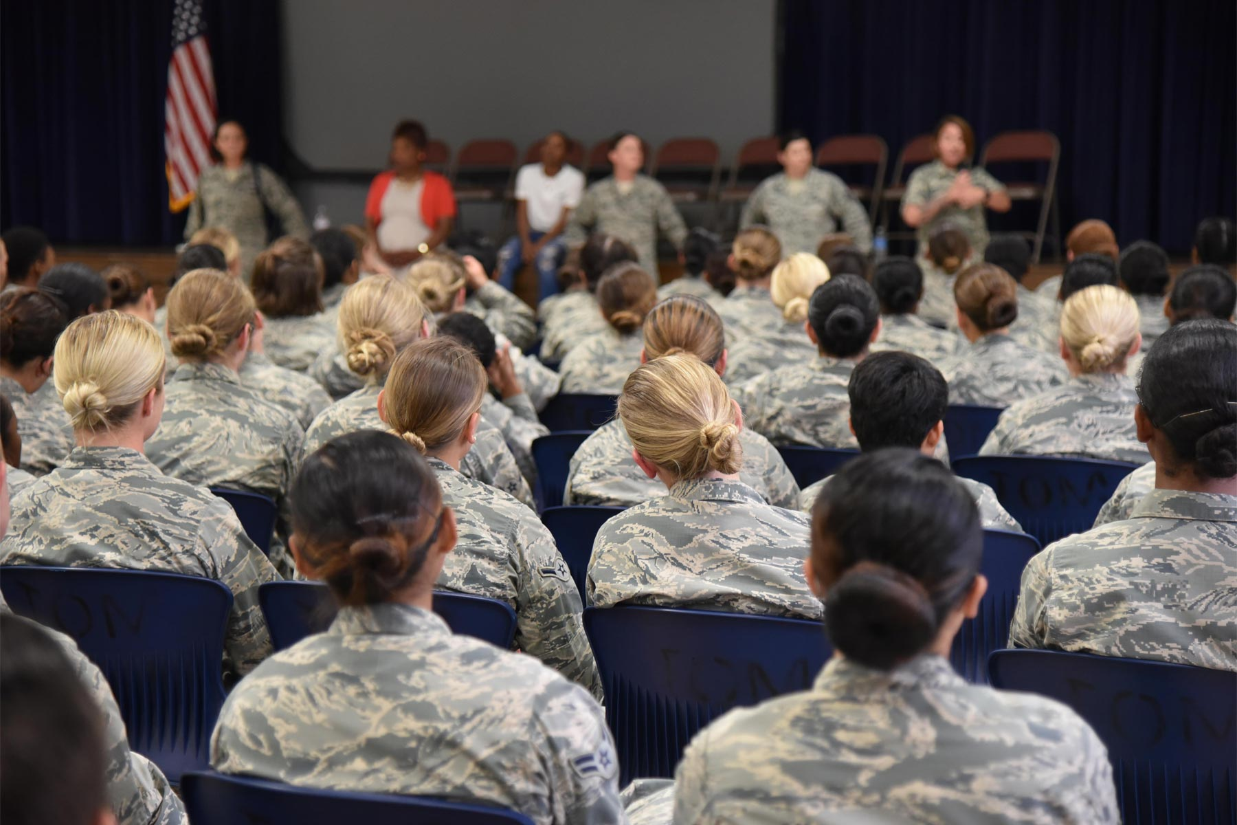 Air Force OKs Locks, Earring Styles, Ribbon Options in Policy Changes