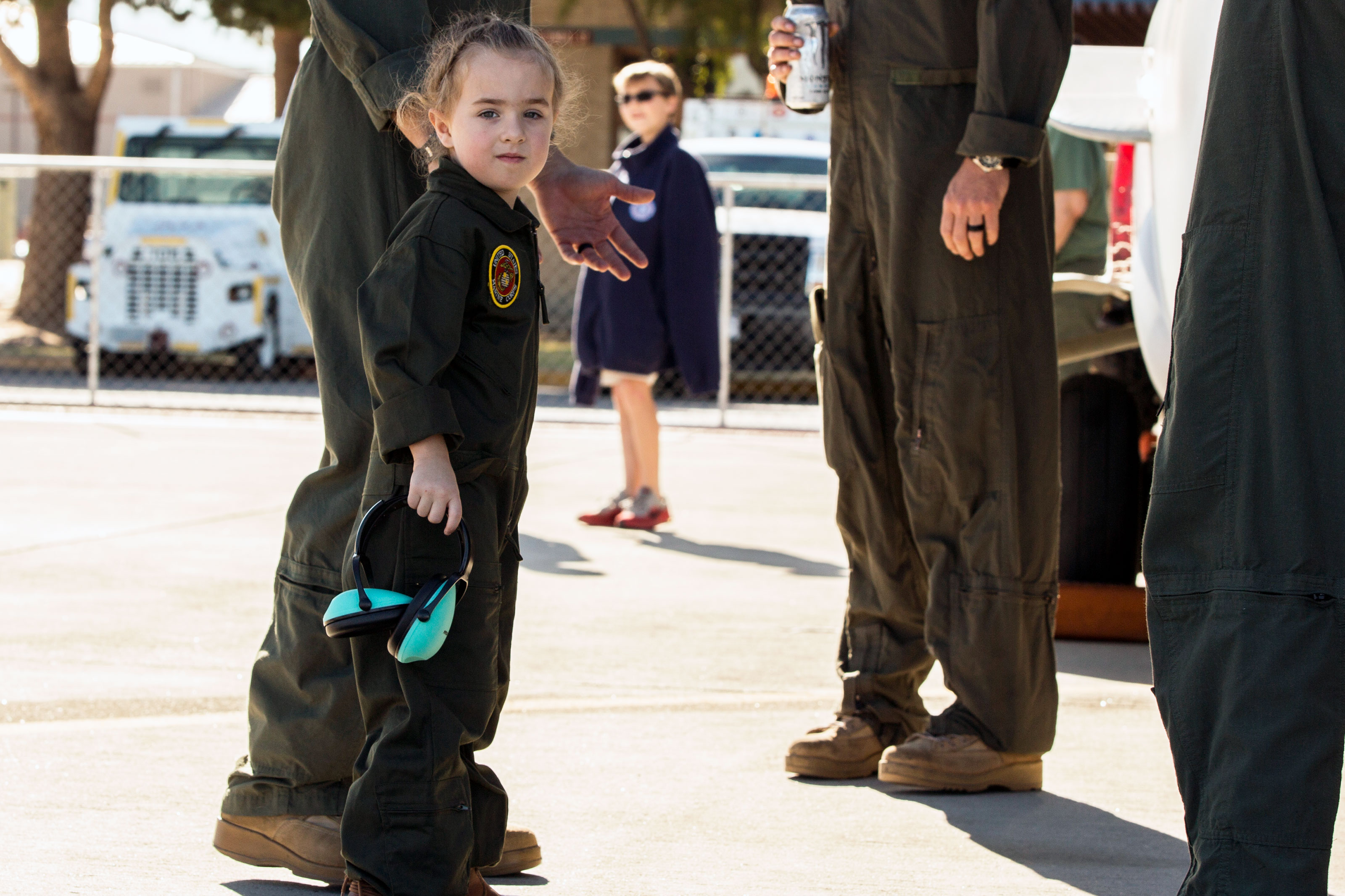 Guests observe the static displays at the 2018 Yuma Airshow hosted by Marine Corps Air Station Yuma, Ariz. (U.S. Marine Corps/Sabrina Candiaflores)