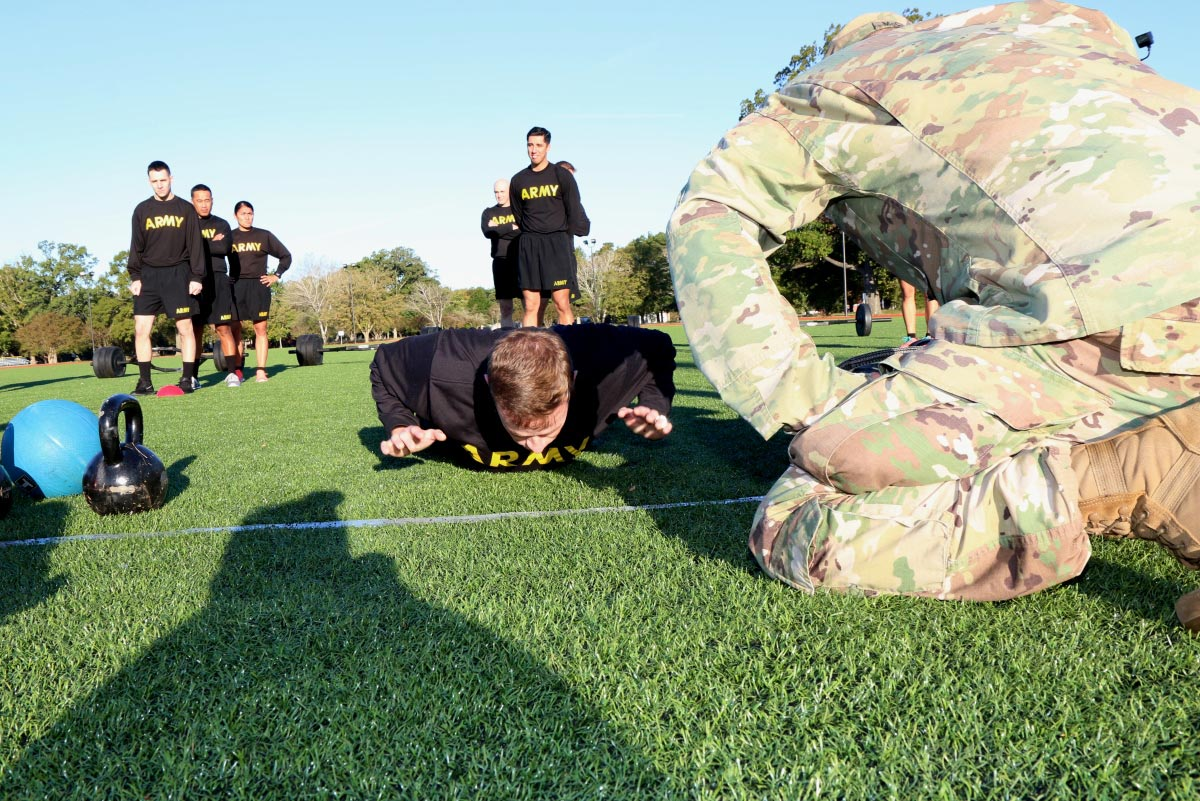 Army May Change Pushup Technique For New Fitness Test