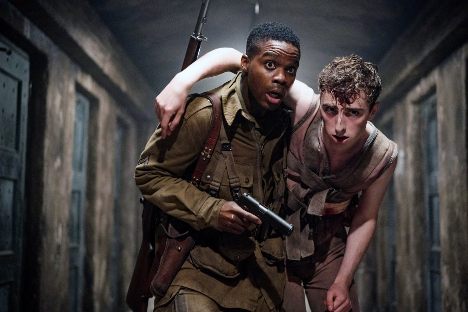 Jovan Adepo Is the Perfect Zombie-Killing WWII Paratrooper in 'Overlord'