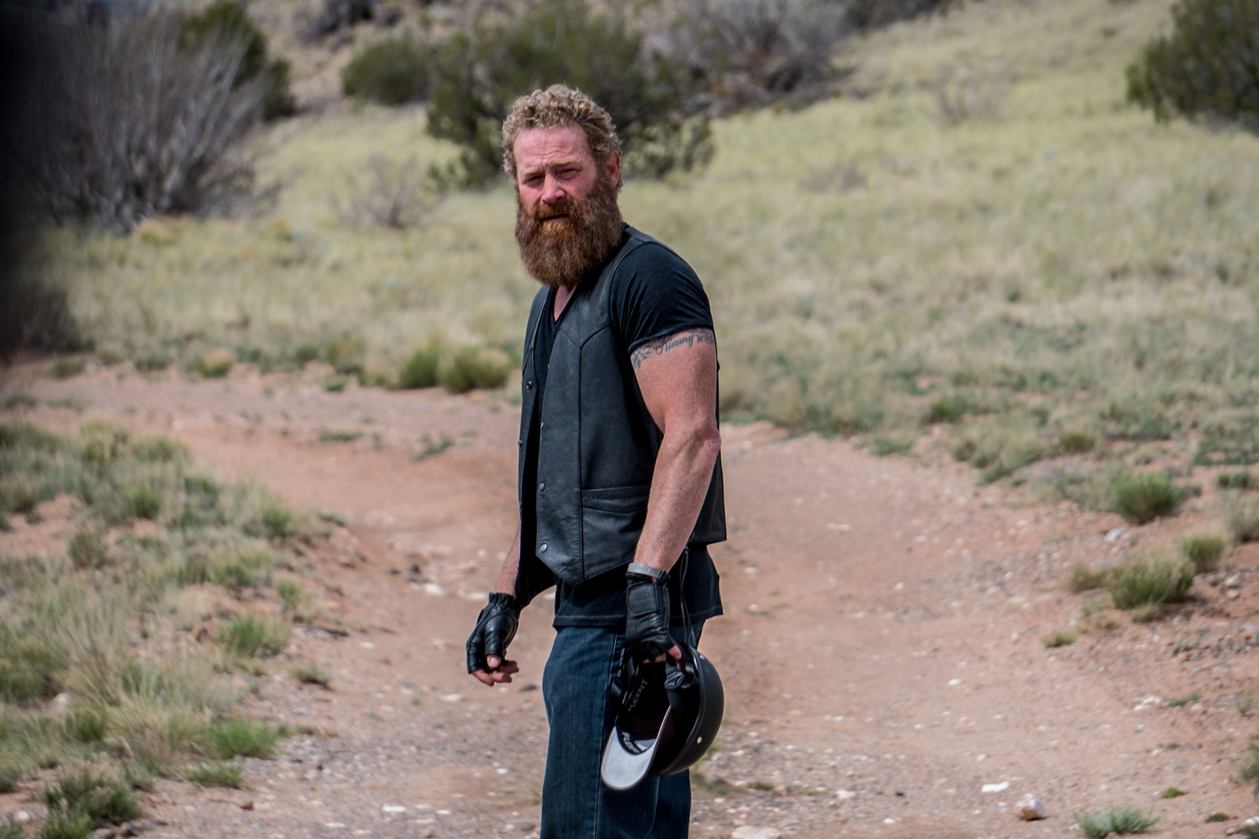Max Martini Pays Tribute To And Raises Cash For The