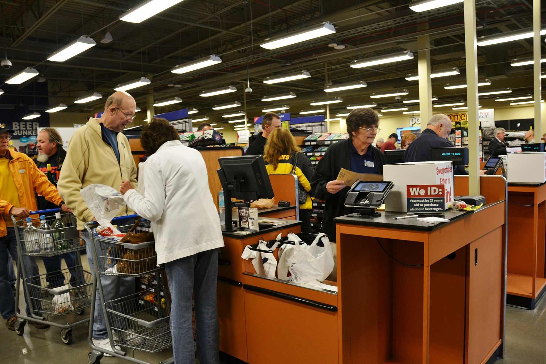 Millions More Vets and Caregivers Are About to Get Commissary, Exchange Access