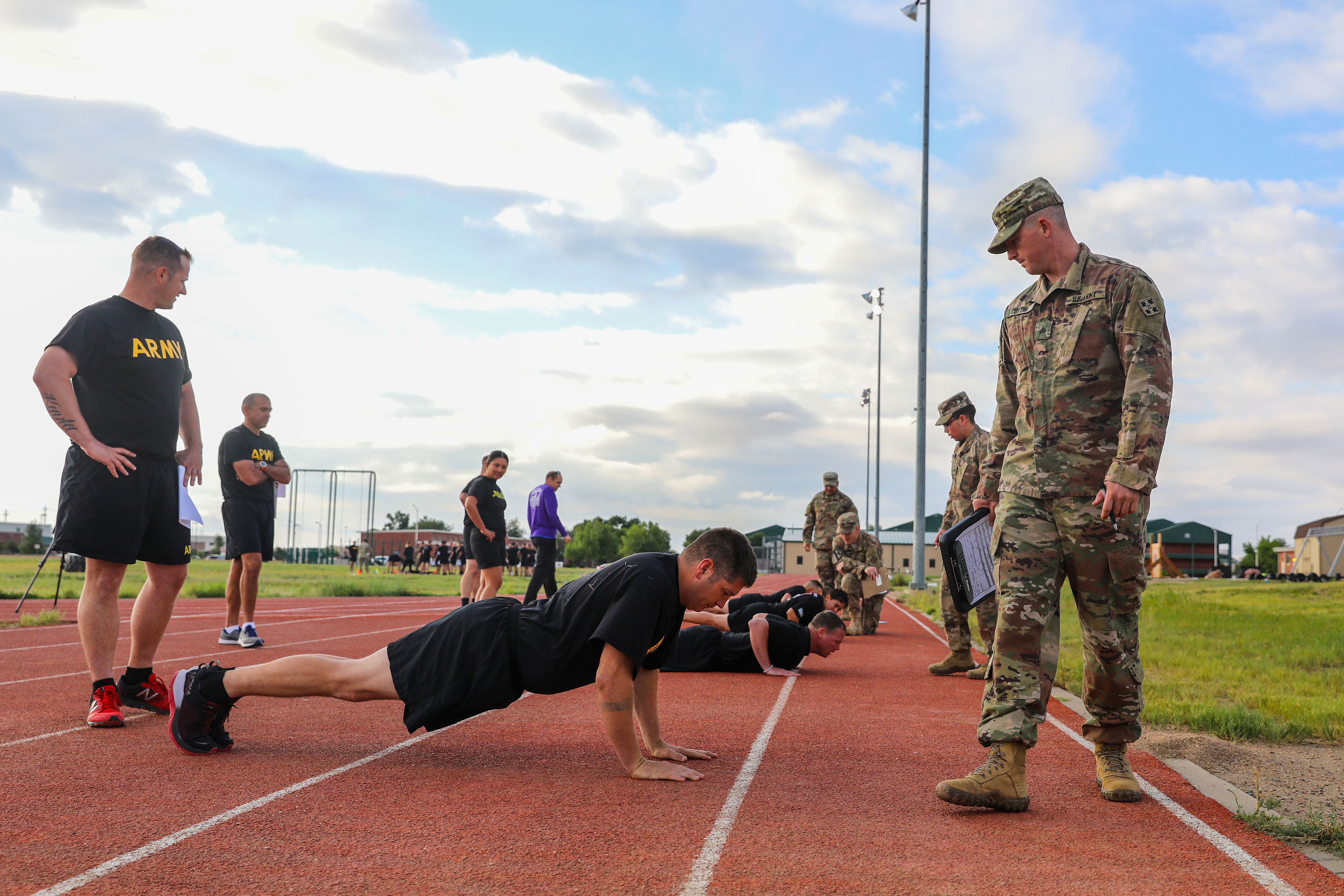 Military Workout of the Week: Chest and Push Day