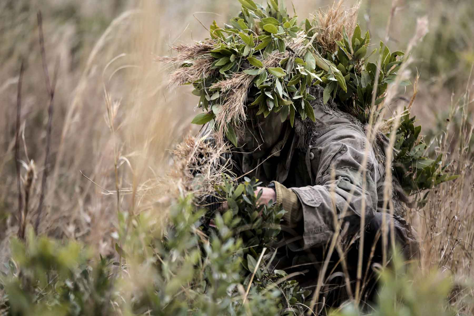 Marine Scout Sniper Managed To Sneak Up On His Enemy