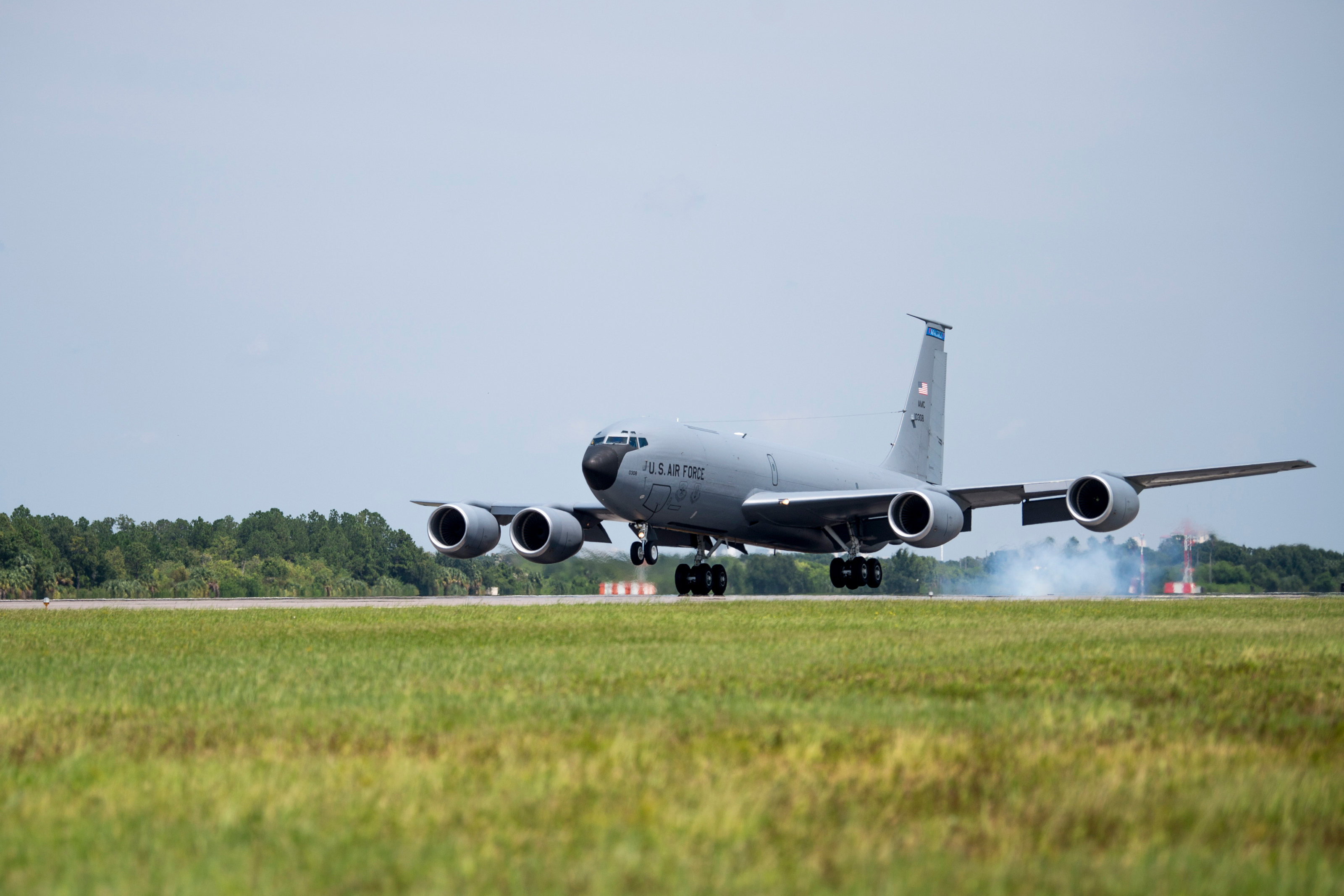 KC-135 Carrying Middle School Girls Makes Emergency Landing at MacDill