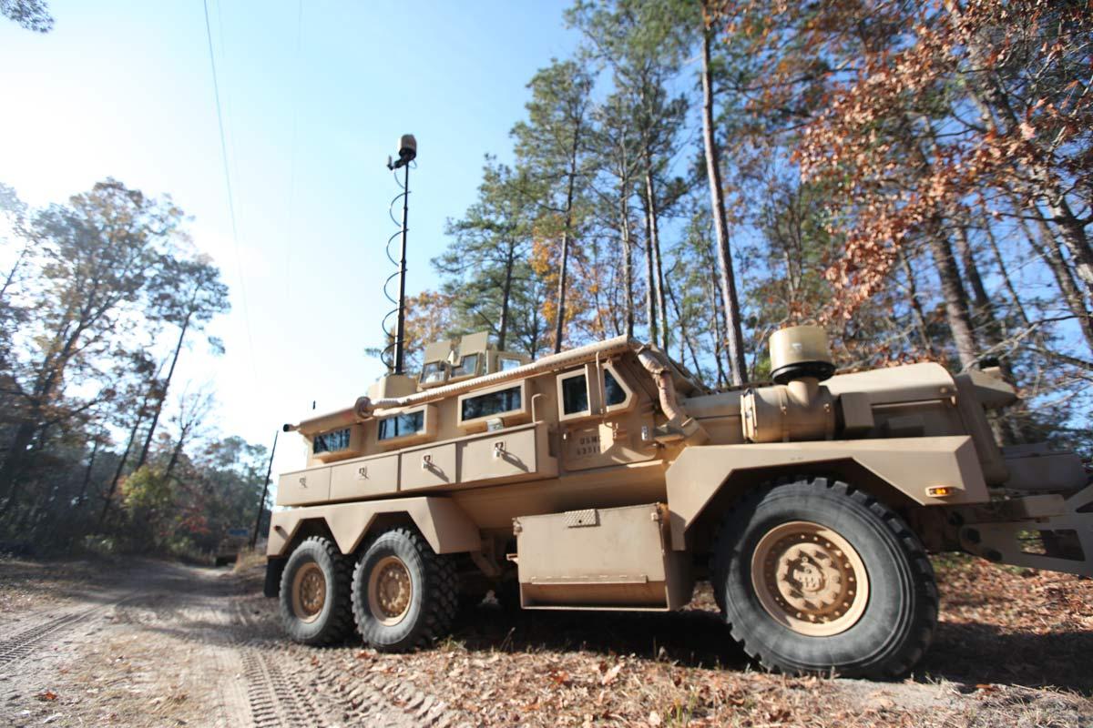 https://images04.military.com/sites/default/files/media/equipment/military-vehicles/cougar-6x6-mrap/2014/02/cougar-6x6-mrap-02.jpg