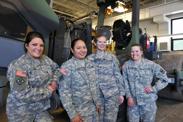 Women Soldiers Take On Unexpected Roles Military Com