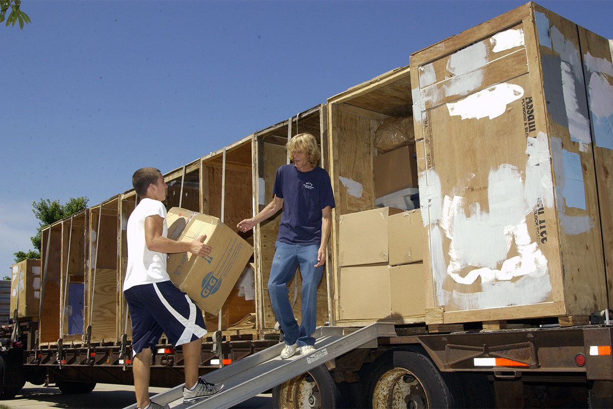 Military Spouse And Family Moves 101