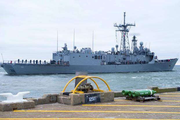 The guided-missile frigate Kauffman departs Naval Station Norfolk for its final deployment on Jan. 9, 2015. The Kauffman was the last of the class to be decommissioned. Mass Communication Specialist 3rd Class Laura Hoover/Navy
