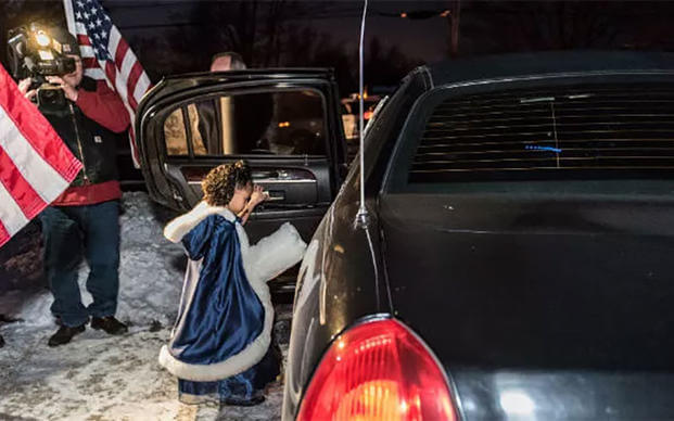 Cayleigh Hinton whose father, Sgt. Terrence Hinton died in a 2017 training accident, gets in a limo on her way to the February father-daughter dance. (Illinois National Guard/Staff Sgt. Robert R. Adams)