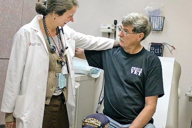 An Air force veteran makes a visit to his doctor. (Image: va.gov)