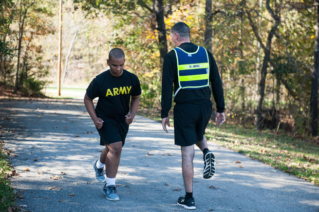 Ask Stew: Plantar Fasciitis – How to Keep Running | Military com