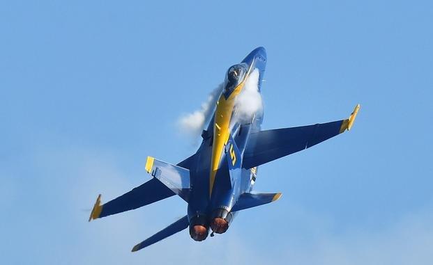 Navy's Blue Angels Show Schedu...