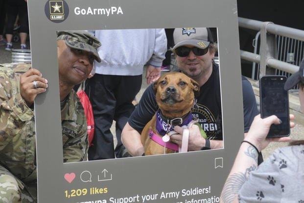 Army Embraces Memes, TikTok as it Nears 2019 Recruiting Goal