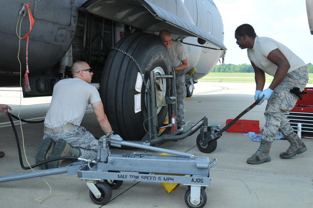 Air Force Awards Nearly $1B to Upgrade Landing Gear on ...