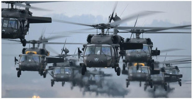Black Hawks fly in Korean and U.S. Marines