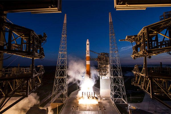 A Delta IV rocket lifts the Global Positioning System IIF-6 satellite into space May 16, 2014, from Cape Canaveral Air Force Station, Fla. GPS IIF-6 is the sixth in a series of 12 next generation GPS satellites.