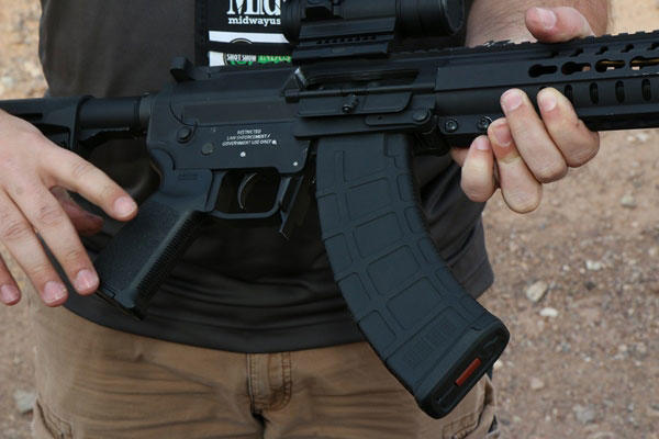 Firm Blends AR-15 and AK-47 Rifles to Create New Mk47
