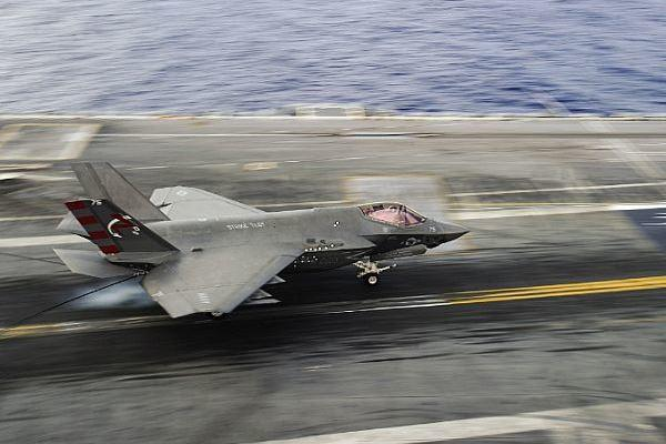 An F-35C Lightning II assigned to the Salty Dogs of Air Test and Evaluation Squadron (VX) 23 lands on the flight deck of the aircraft carrier USS George Washington (CVN 73) on Aug. 15, 2016, in the Atlantic Ocean. (Photo by Wyatt L. Anthony/U.S. Navy)