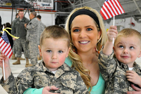 Army Leaders Review Family Support Programs | Military com