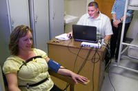 Conducting a polygraph test